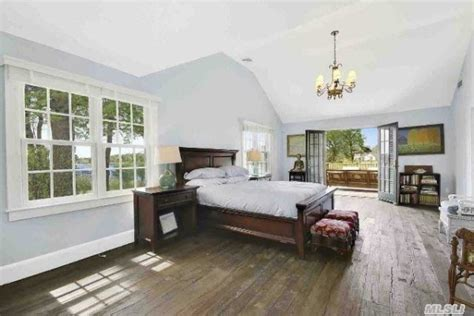 anderson cooper house how to get anderson cooper s htons style for less realtor com 174