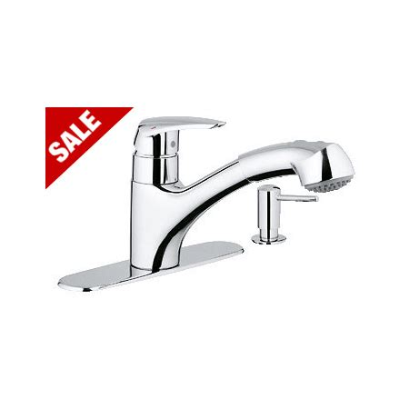 closeout kitchen faucets grohe 30127000 starlight chrome closeout pull out spray