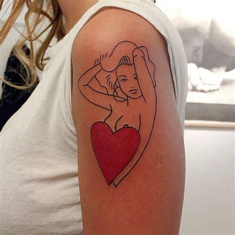 Minimalist Tattoo Artists Canada | thecrayoner 29 fubiz media