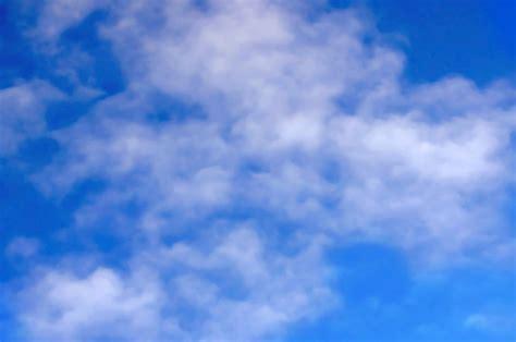 Wallpaper Awan Biru 10m background awan biru www imgkid the image kid has it