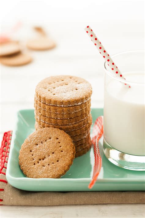 Handmade Crackers - graham cracker recipe handmade