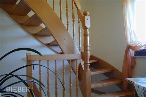 Treppengeländer Innen Holz Weiß by Viertel 173 Gewendelte Treppen Tischlerei Treppenbau Gunter