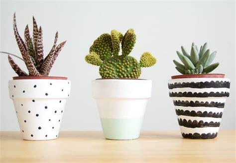 diy customiser des pots de fleurs en terre bnbstaging
