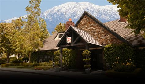 summit house restaurant fine dining restaurant in fullerton california