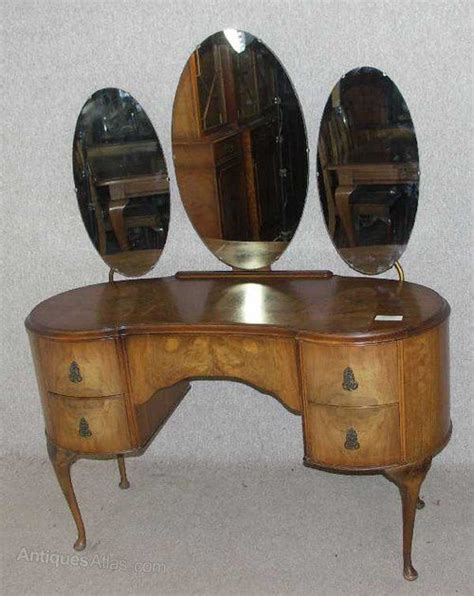 kidney shaped dressing table desk in vintage vintage style 17 best images about dressing tables kidney shaped on