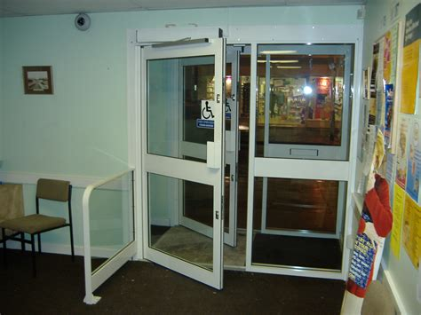 auto swing door low energy doors verses fully automatic swing door