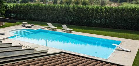 piscina in piscine a sfioro eleganza senza bordo piscine castiglione