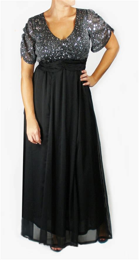 In modern and classic plus size evening dresses cocktail dresses