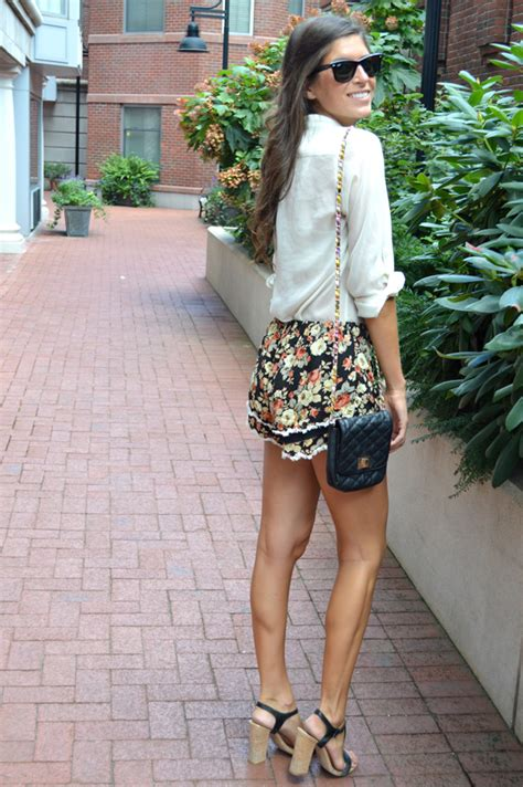 black and white patterned shorts outfit pics for gt floral shorts outfits