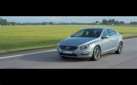 volvo s60 2014 widescreen car pictures 54 of 114