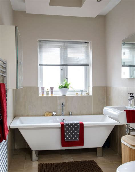 1930s bathroom suite look around this four bedroom 1930s house in manchester the room edit