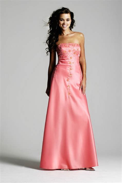 hairstyles to wear with evening gowns prom hairstyles for strapless dresses