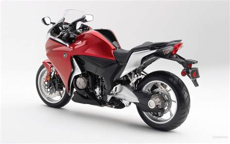 Honda Vfr 1200 by Ronisofyan Spesifikasi Honda Vfr 1200