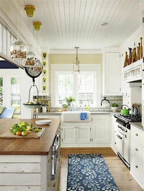 farmhouse kitchen 35 cozy and chic farmhouse kitchen d 233 cor ideas digsdigs