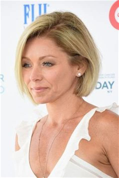 kelly ripa bob wave hair pinterest kelly ripa bobs kelly ripa bobs and wavy bobs on pinterest