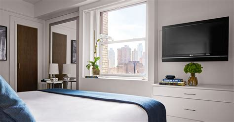 2 bedroom suites in new york city times square one bedroom suites nyc paramount hotel one bedroom