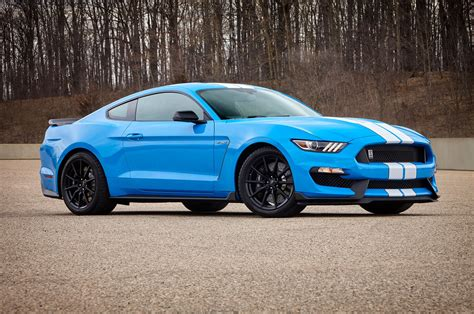 used shelby mustangs confirmed 2017 shelby gt350 mustang gains more standard