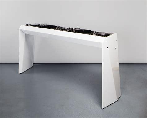 Desk Dj by Dj Desk Metrofarm