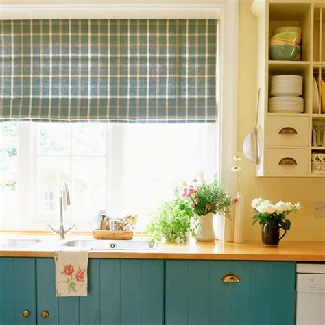 country kitchen blinds how to plan a country style kitchen find the right
