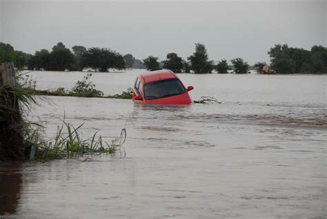 Does Auto Insurance Cover Floods?
