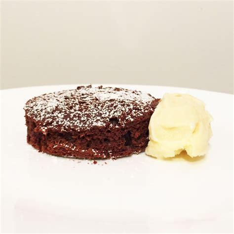 delicious easy basic chocolate cake recipe