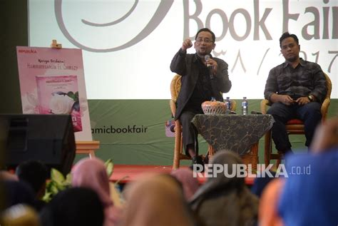 Bidadari Bermata Bening Habiburrahman kehadiran penulis di ibf diharap mu tebarkan inspirasi