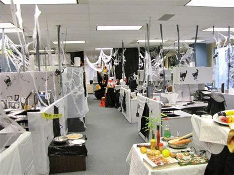 decorar oficina para halloween oficina de halloween