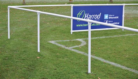 Barier The Football House by 2 1m Spectator Barrier Starter