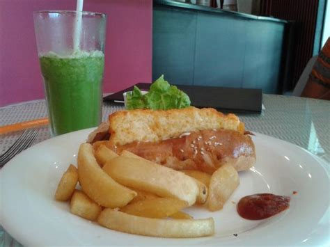 coco veranda paneer hot dog lime and mint crush picture of coco