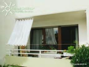 senkrecht sonnensegel für balkon und terrasse balkon sichtschutz mit faltsonnensegeln