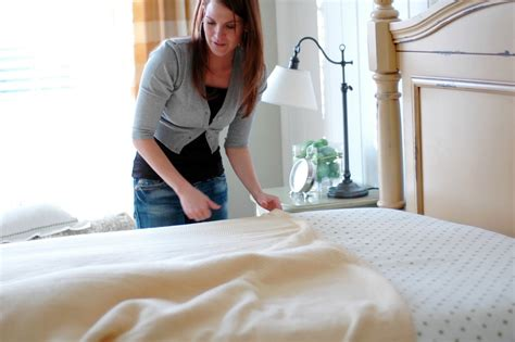 how to put sheets on a bed home by heidi the perfect bed