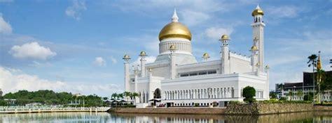 istana nurul iman garage muara bandar seri begawan brunei azamara cruises