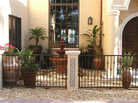 Short Front Yard Fences ? Outdoor Decorations