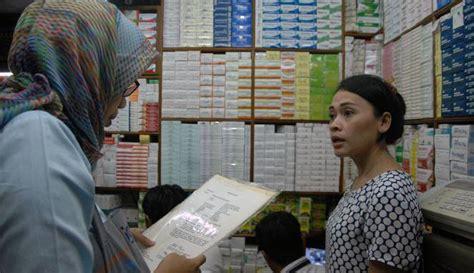 Obat Tidur Di Pasar Pramuka jual obat kedaluwarsa 3 toko obat di pasar pramuka disegel