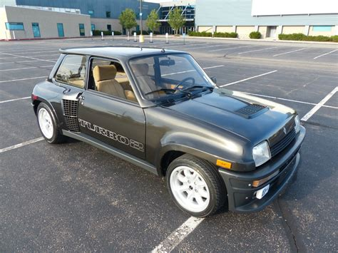 renault turbo original renault 5 turbo fetches 72 000 on ebay carscoops