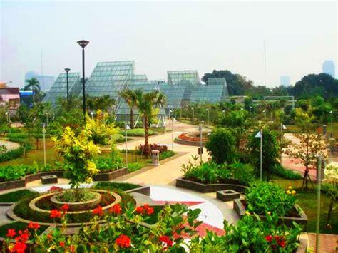 2 Di Ibox Jakarta 5 best parks in jakarta