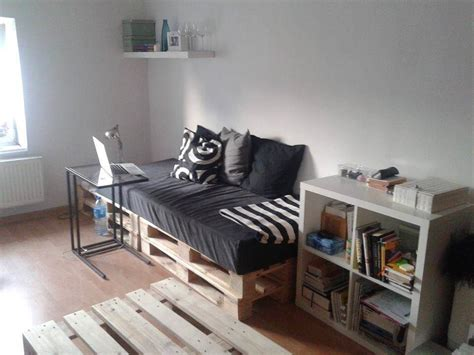 pallet day bed pallets daybed