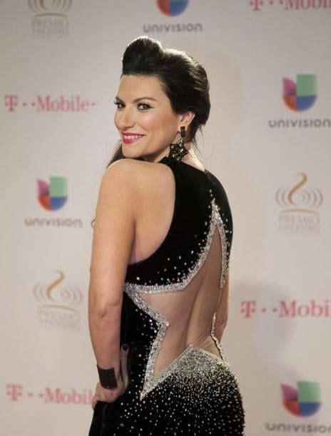 Layra Simple 248 best images about pausini on radios