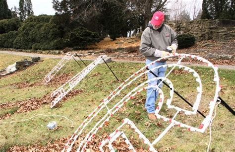 clinton holiday lights display to reopen tonight local