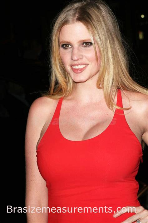 body measurements celebrity measurements bra size lara stone body measurements and net worth celebrity bra