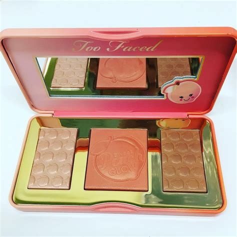 Creations Sweet Glow Highlight Palette sneak peek of faced sweet glow highlighter palette coming out december fall