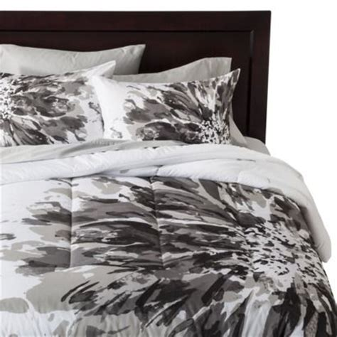 black comforter with white flowers room essentials 174 exploded floral comforter black white