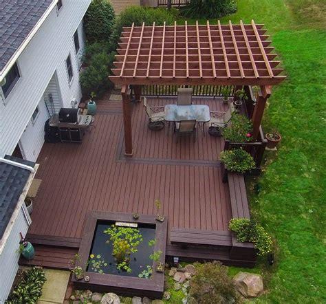 deckscom ground level deck picture
