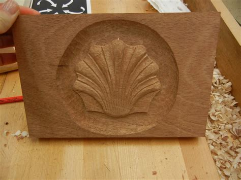 mary  woodcarver  woodcarving journeys