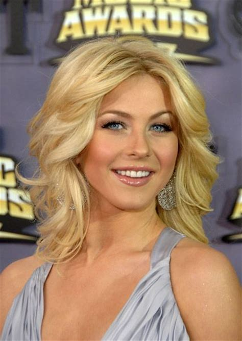 how to make your hair like julianne hough from rock of ages julianne hough styling inspiration as my hair length