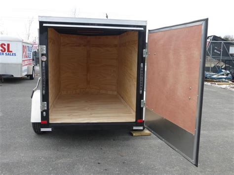 trailer swing doors 2017 covered wagon trailers cw8 5x20ta2 enclosed cargo