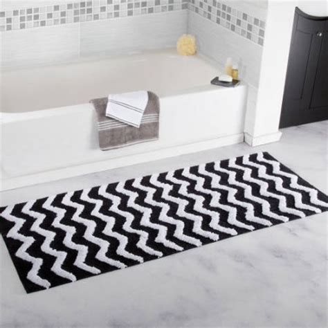 20 Gorgeous Black And White Bathroom Rugs Under 70 Black And White Bathroom Rug