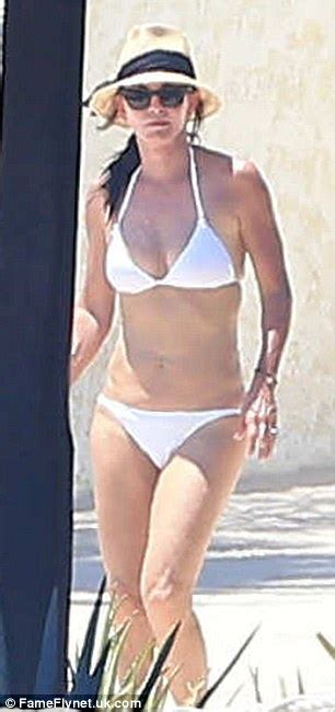 Micella Set Sr courteney cox suns herself in tiny daily mail