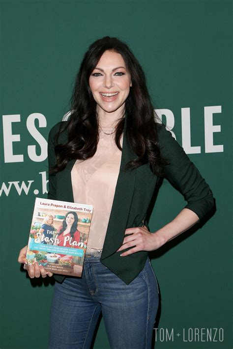 Dream Home Plan by Laura Prepon Signing Quot The Stash Plan Quot At The Grove Tom