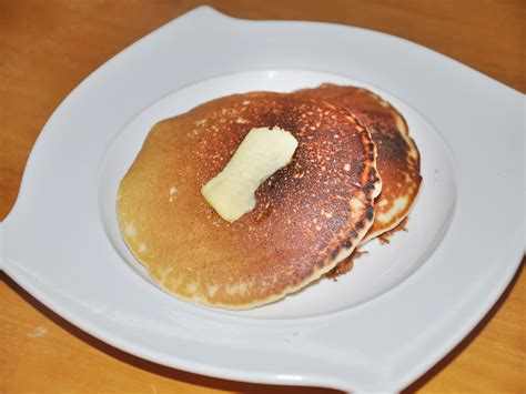 come cucinare i pancakes come preparare i pancakes al latticello senza glutine